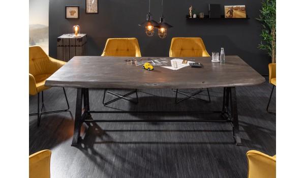 Table en bois grisé 220 cm - Pied métal industriel