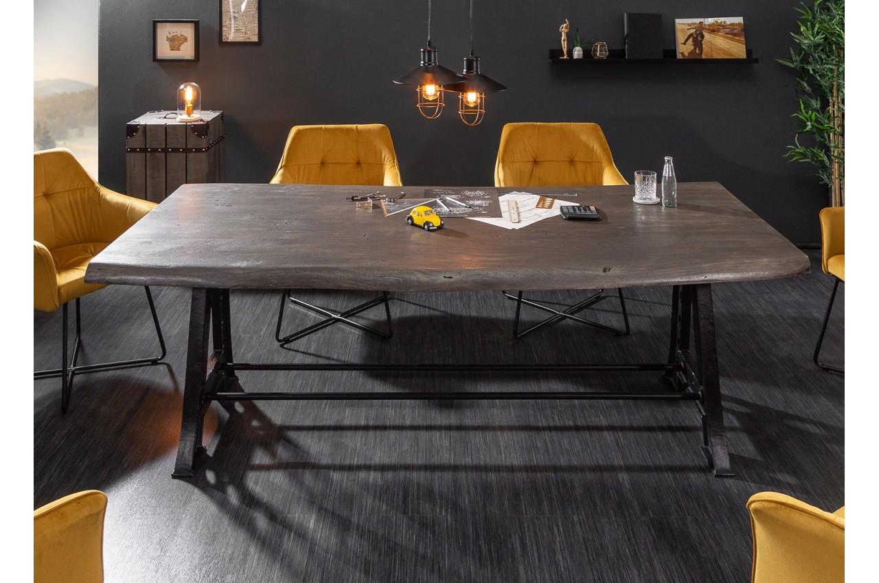 Table en bois grisé 12 cm   Pied métal industriel pour salle à manger