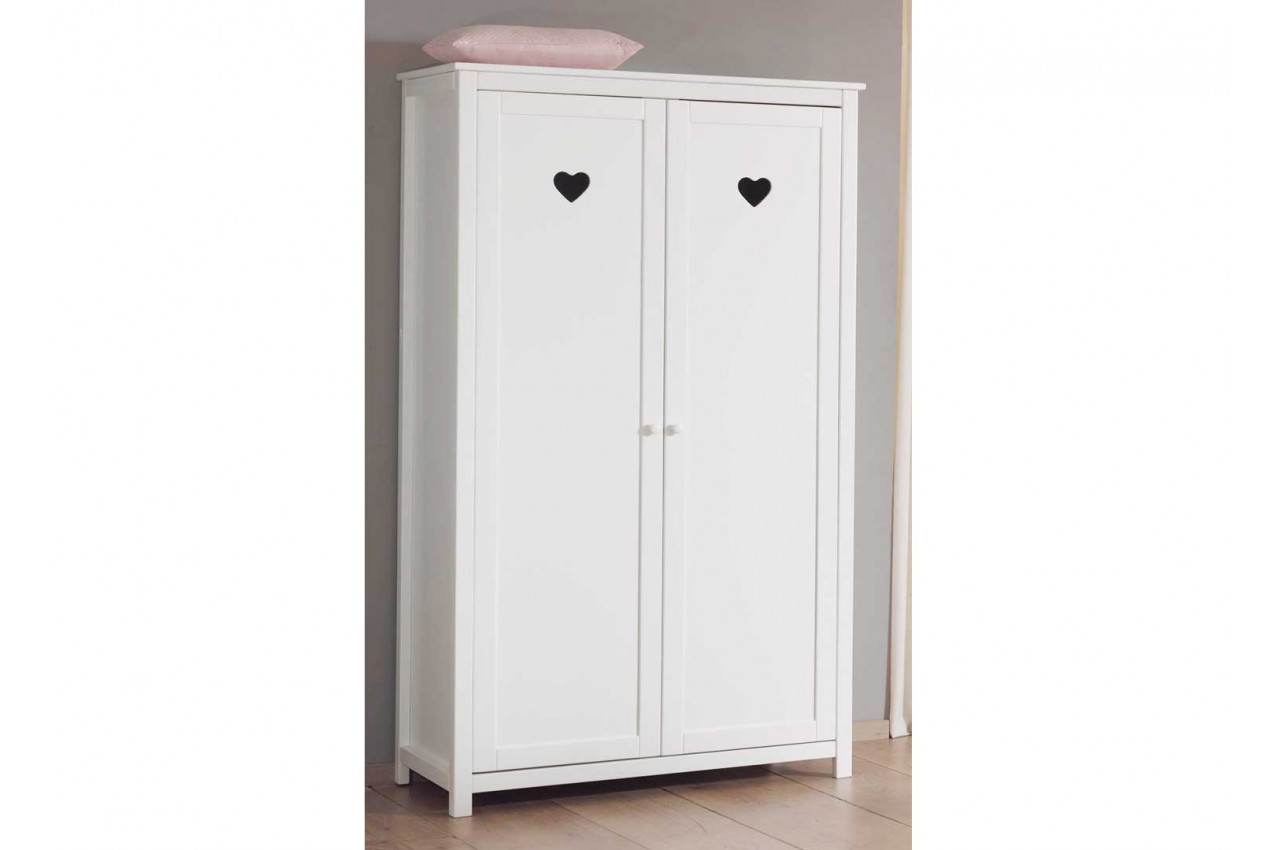 armoire blanche d cor e de petits c urs pour chambre enfant ado. Black Bedroom Furniture Sets. Home Design Ideas