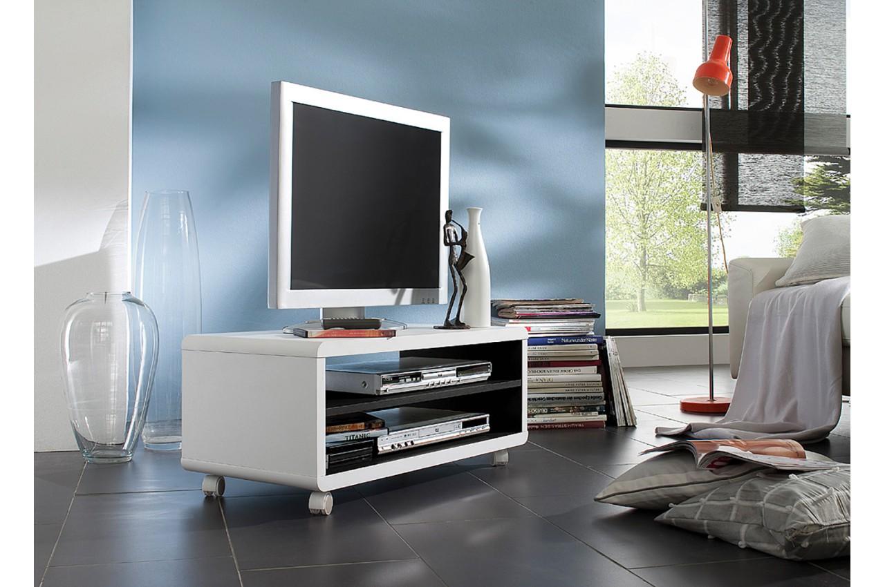Meuble tv roulettes blanc et noir pour salon for Meuble salon noir et blanc