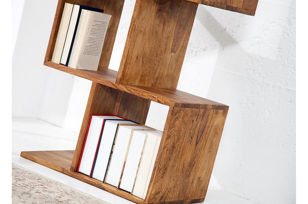 biblioth que tag re en bois massif verni pour salon. Black Bedroom Furniture Sets. Home Design Ideas