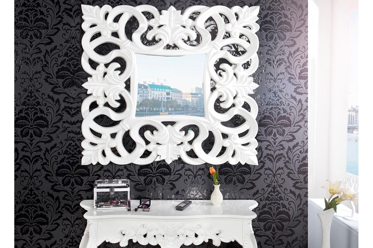 Objet Deco Laque Blanc miroir baroque carré blanc laqué pour déco