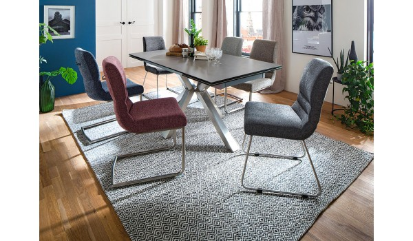 Table design en céramique et piétement métal brossé design