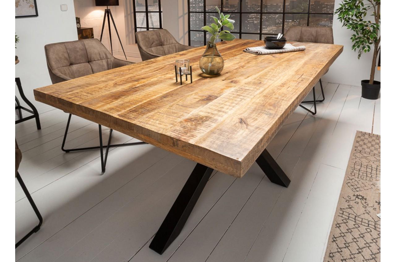 Table 180 cm en bois massif et pied métal noir design pour ...