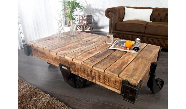 Table basse rectangulaire industrielle / manguier et métal