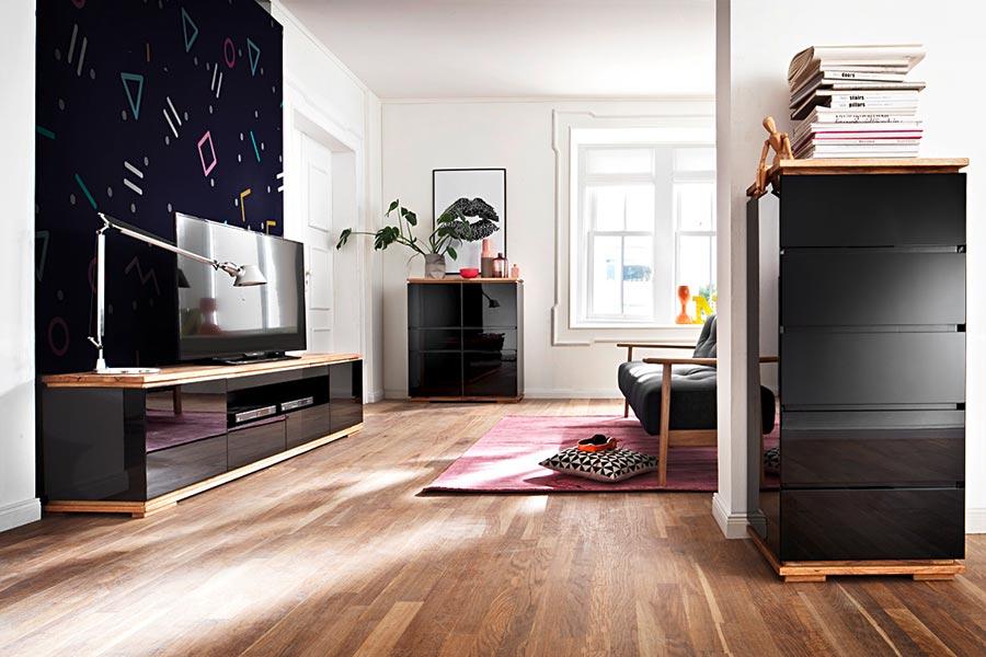 Meuble tv noir et bois design pour salon - Salon noir et bois ...