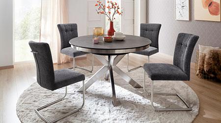 chaise design en tissu et table a manger ronde
